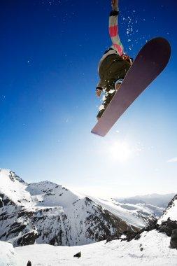 Airborn snowboarder