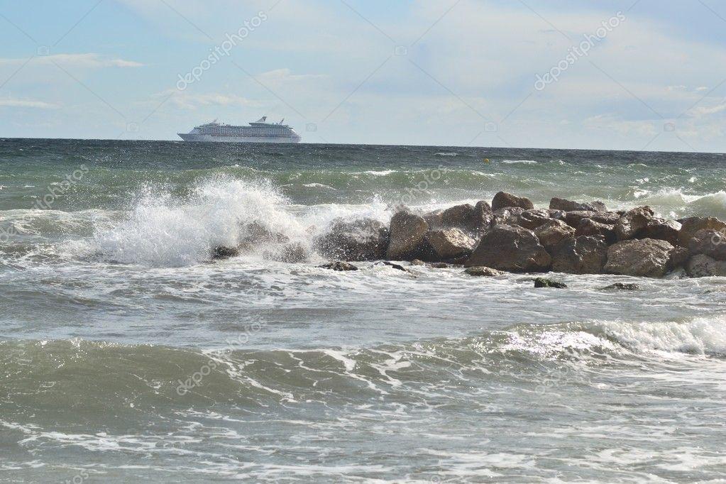 Flowing trans-Atlantic