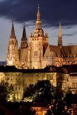 Pražský hrad v noci