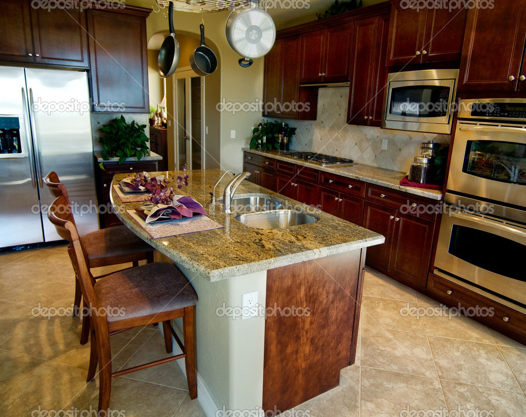 Cozinha Com Balc O De Granito Ilha Stock Photo Paulmhill 8511485