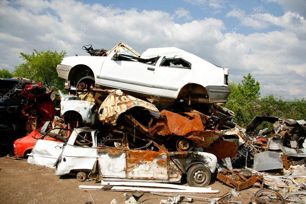 Car Junkyard Stock Photo C Paulprescott 8048776