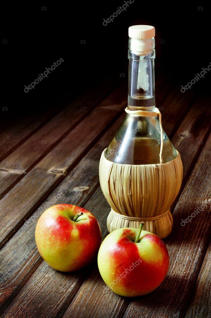 Aceto di mele foto stock tommasodelpiano 10651203 - Immagini stampabili di mele ...