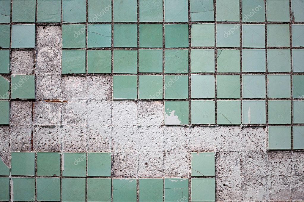 Consistenza del vecchio muro di piastrelle u2014 foto stock © taigi #8270499