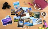 sok kép egy utazás egy asztalon