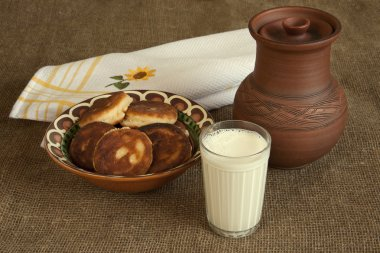 Tasty curd fritters with milk