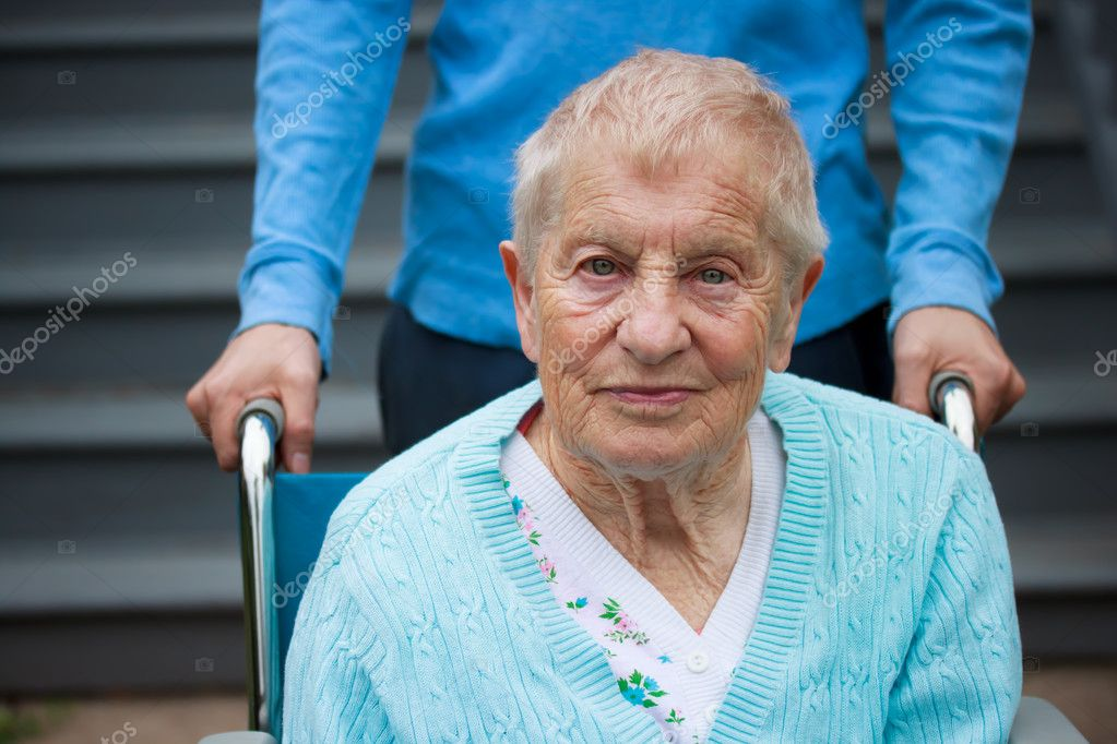 Where To Meet European Seniors In Toronto Free
