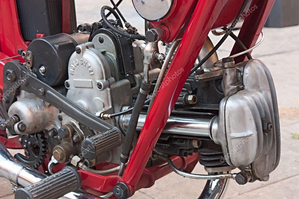 moteur de motos anciennes photo ditoriale ermess 8711366. Black Bedroom Furniture Sets. Home Design Ideas