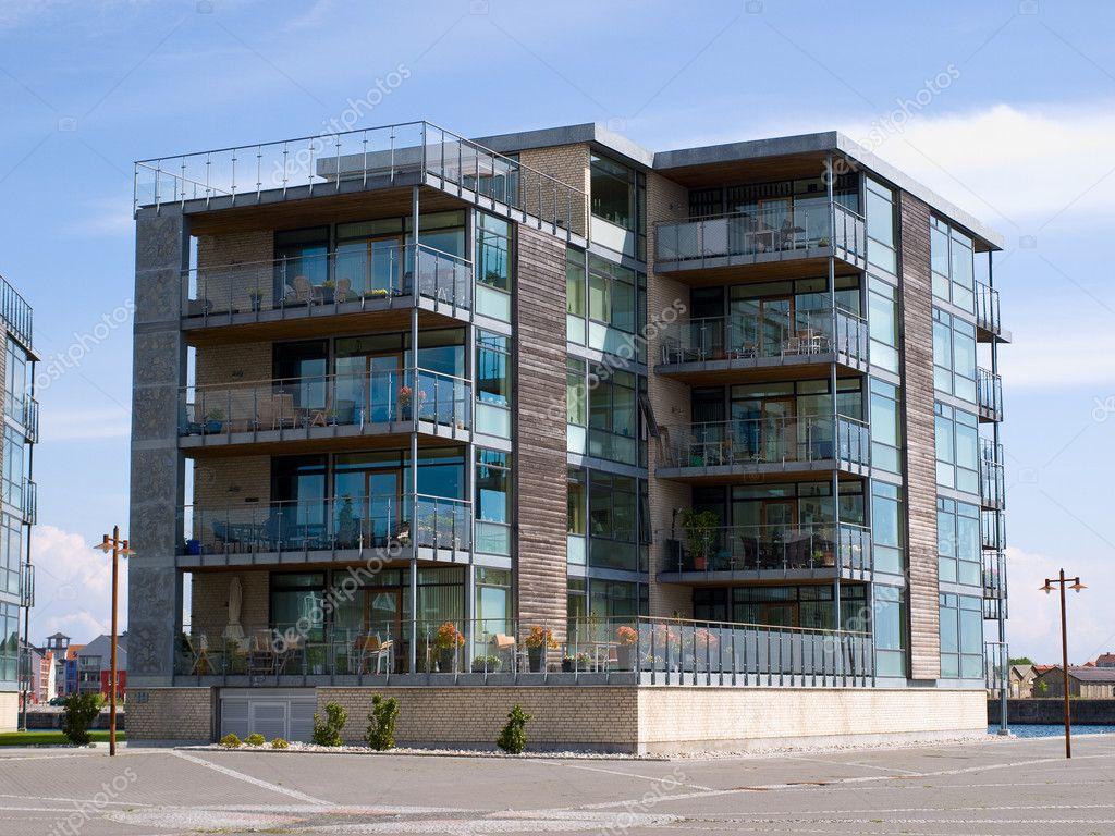 Sfondo di costruzione condominio appartamenti moderni for Immagini di appartamenti moderni