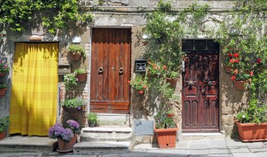 Rustic front doors in Tuscany