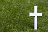 osamělý mramorový kříž