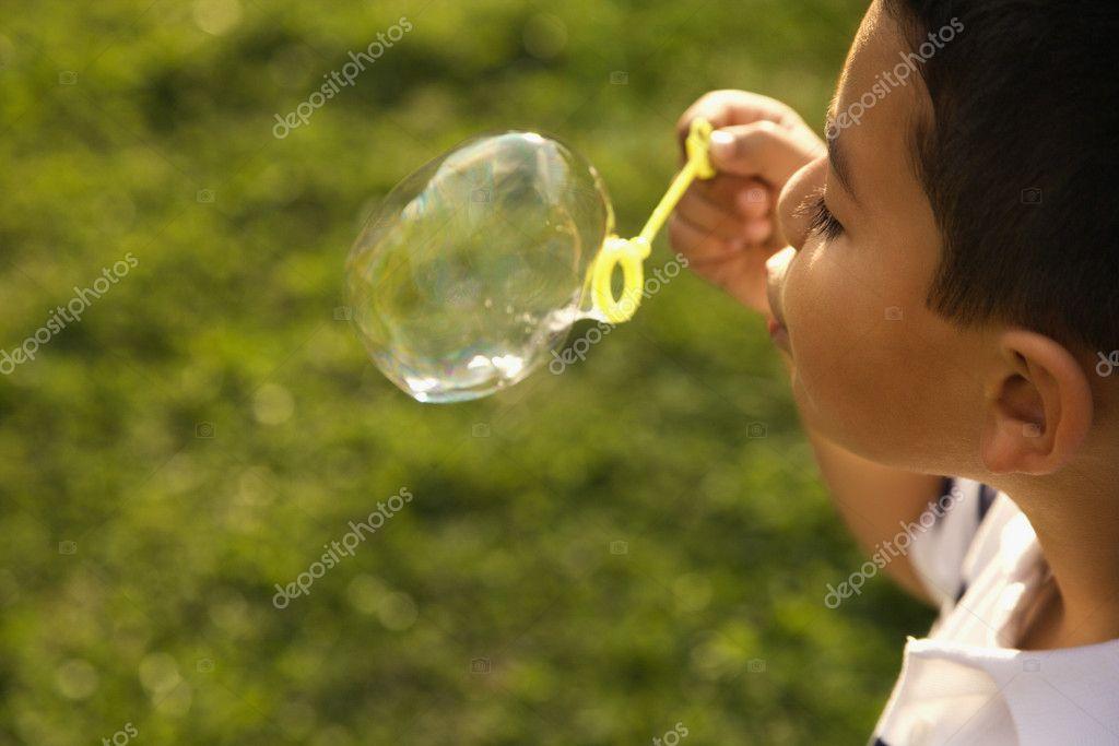 Что значит видеть пузыри во сне (психоаналитический сонник).