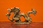 čínský drak socha
