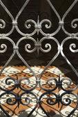 Fotografia cancello in ferro battuto