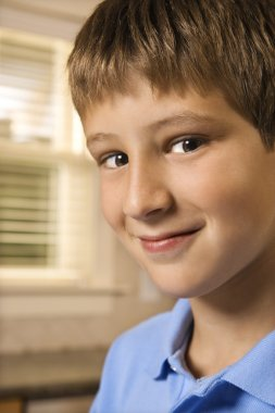 Portrait of boy.