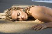 Photo Pretty woman on beach.