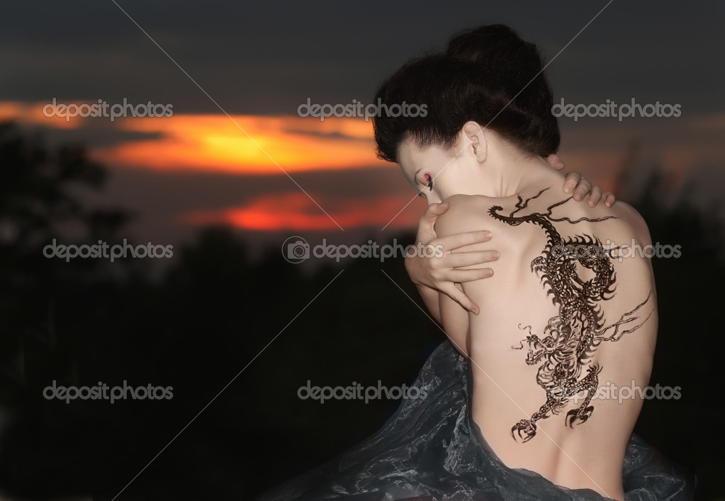 Geisha A Dragon Tattoo Photographie Rod Julian C 9285380