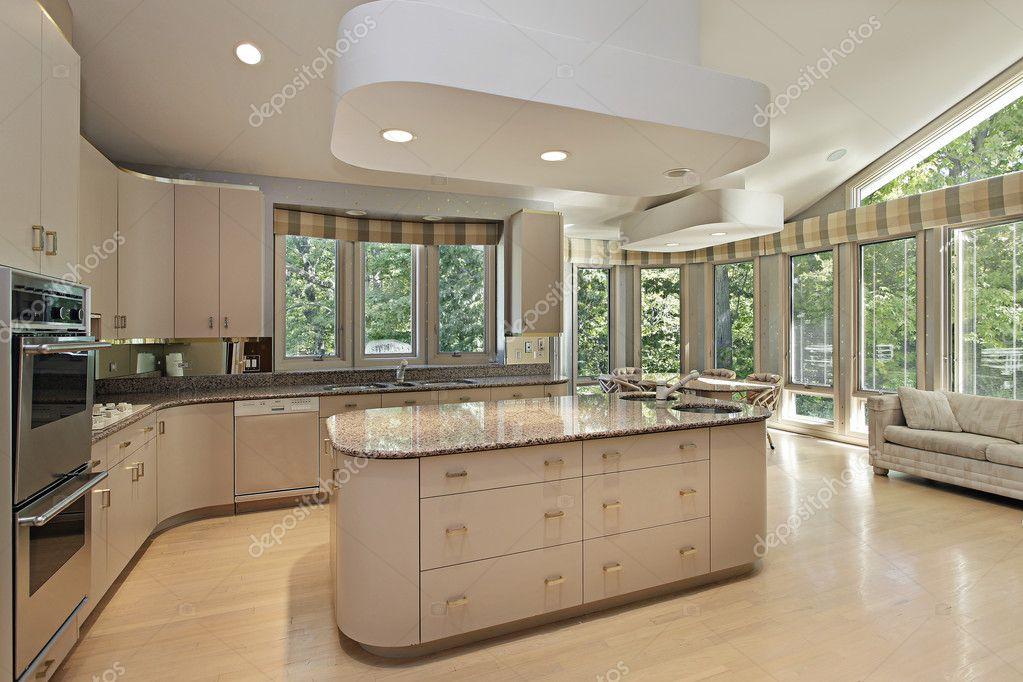 Grande cuisine avec lot central photographie lmphot - Grande cuisine avec ilot central ...