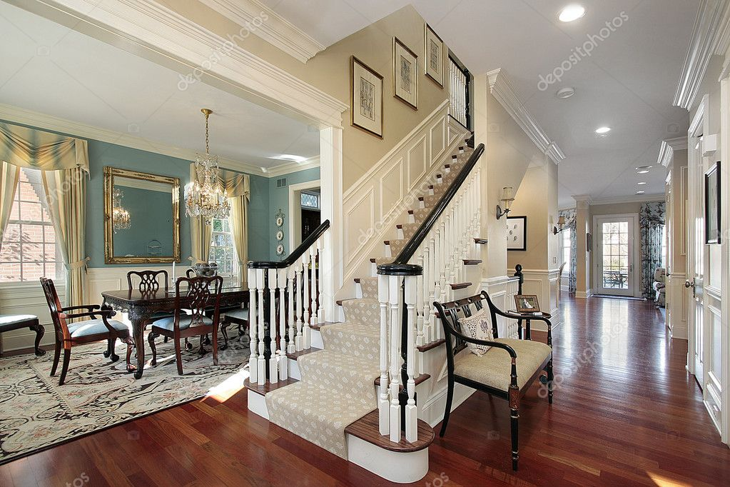 Open Foyer Images : Foyer in open floor plan — stock photo lmphot