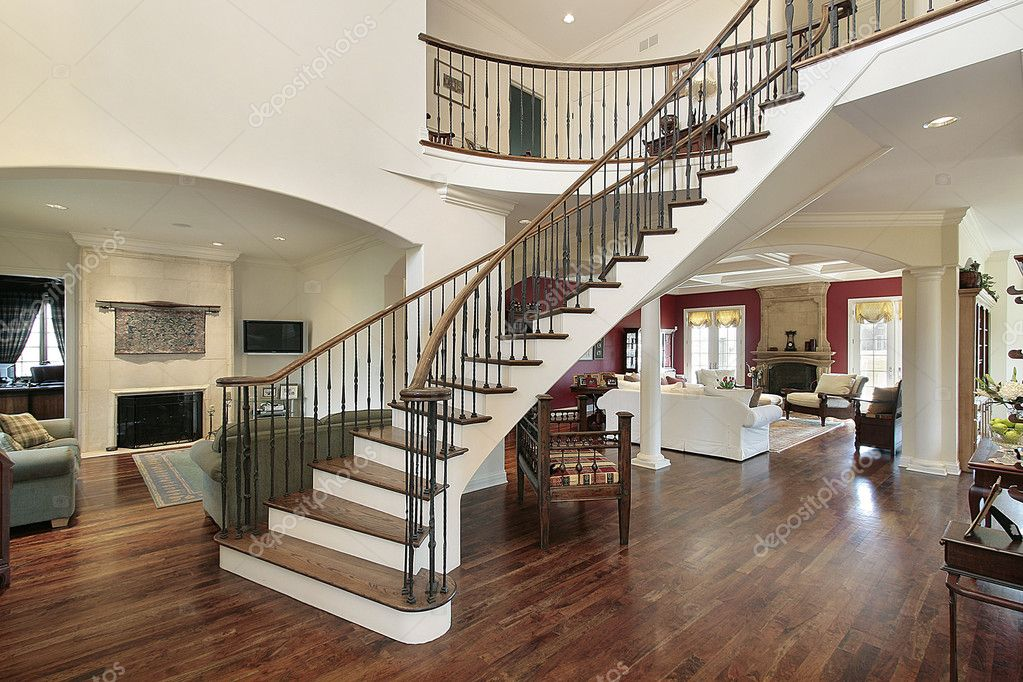 Foyer In Plan : Foyer in open floor plan — stock photo lmphot