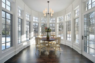 Large eating area with wall of windows