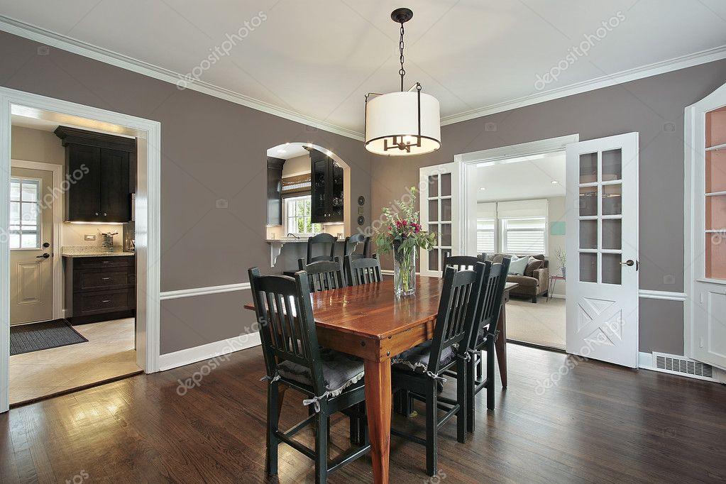 Wohn-Esszimmer mit Küche anzeigen — Stockfoto © lmphot #8690729