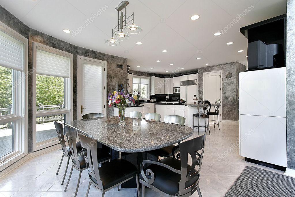 cucina con vista del ponte — Foto Stock © lmphot #8694662