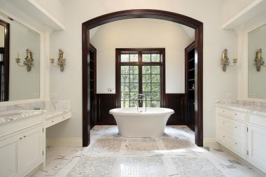 Master bath with arched tub area