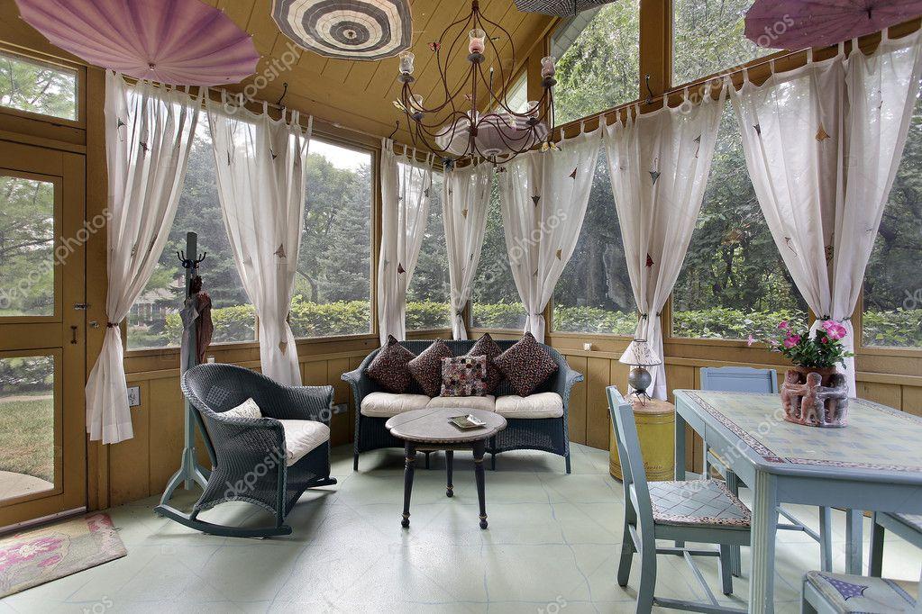 veranda met witte gordijnen — Stockfoto © lmphot #8701135