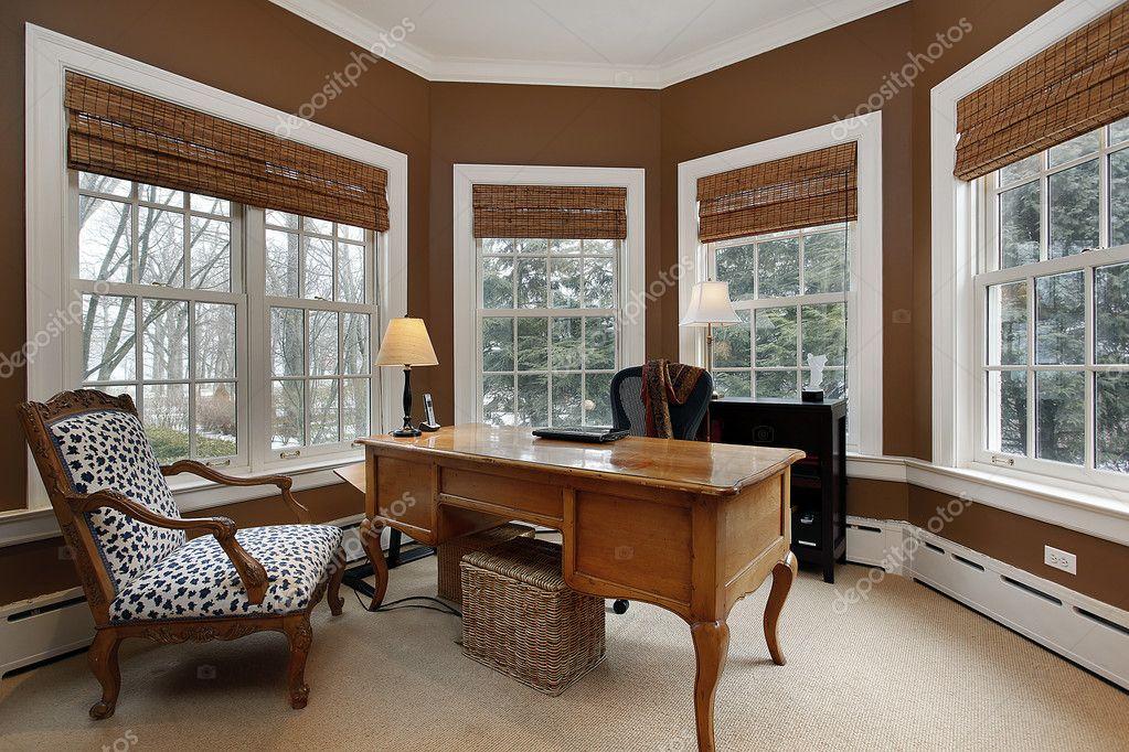 Oficina en casa de lujo fotos de stock lmphot 8701362 for Imagenes de oficinas en casa