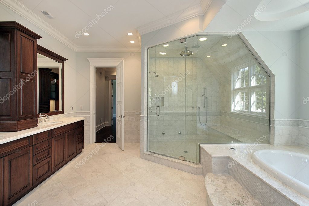 Master bath with step up tub stock photo lmphot 8702157 for Bathroom remodel queens