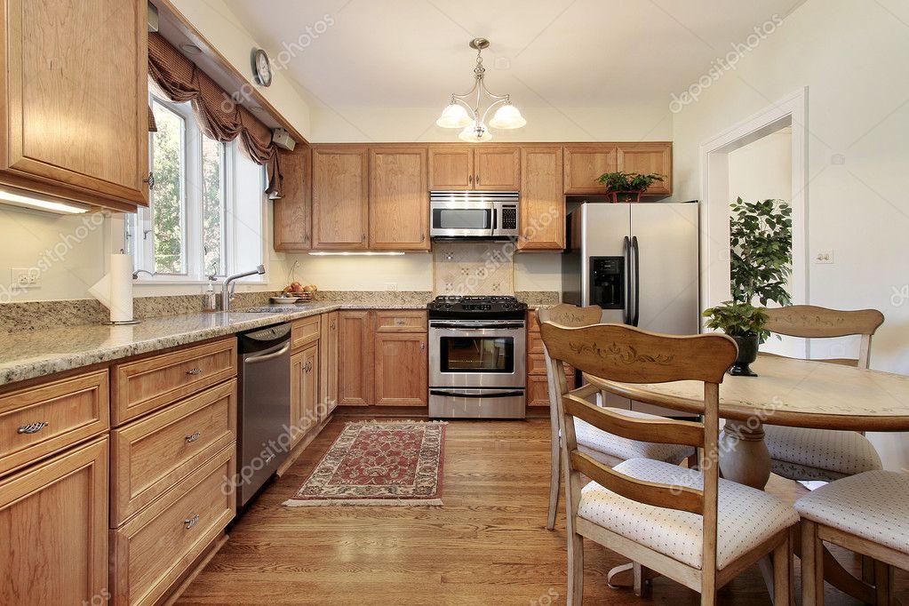 Küche Mit Holzverkleidung U2014 Stockfoto