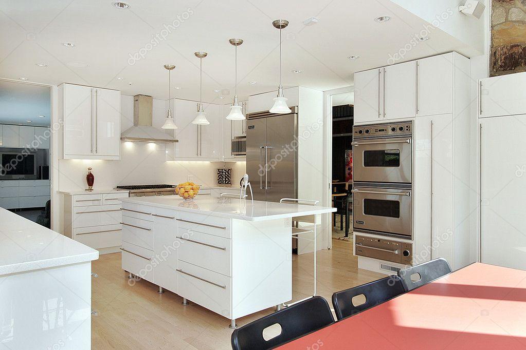 cucina bianco lucido — Foto Stock © lmphot #8727560