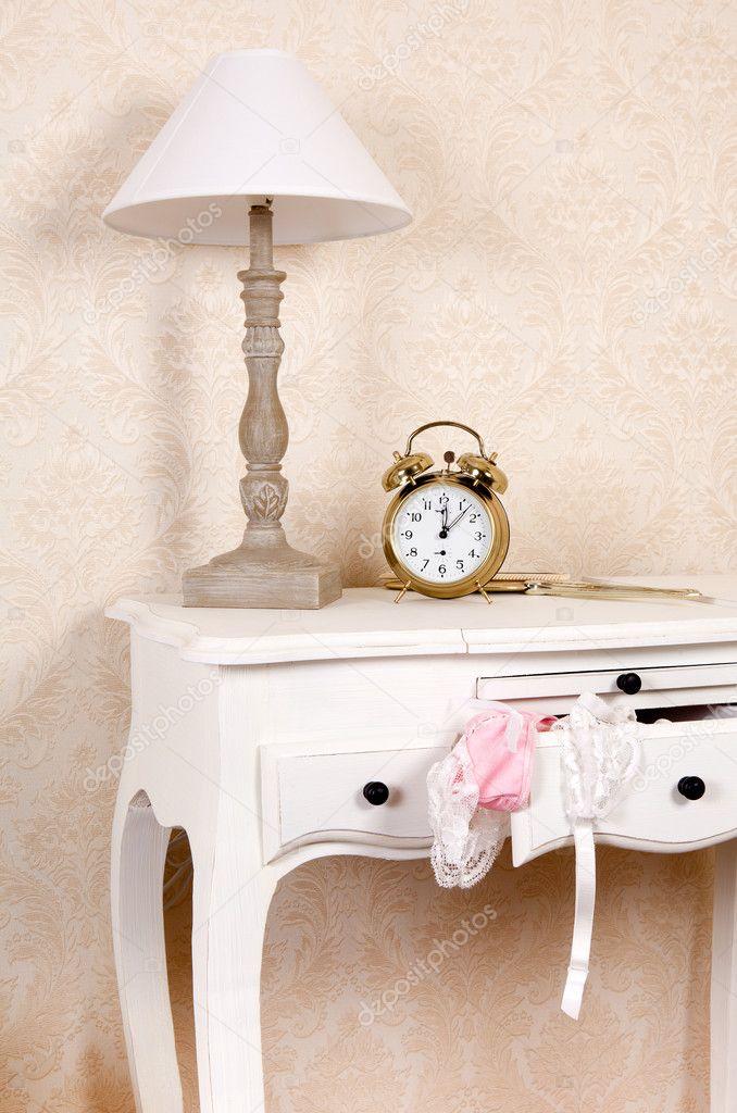 Schlafzimmer Tisch Stockfoto C Klanneke 9749163