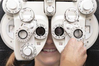Eye test phoropter