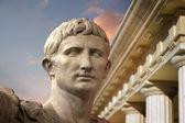 Julius Caesar Augustus-Róma-szobor