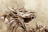 Fotografia arte del tatuaggio, schizzo di un drago medievale di rabbia