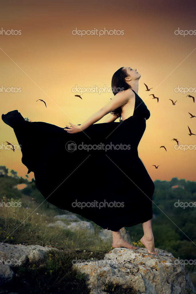 Fine art photos of glamor woman in black dress