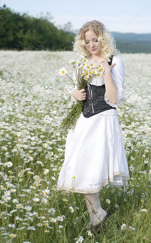 Красивые солнечные платья