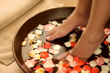 Foot spa and aromatherapy