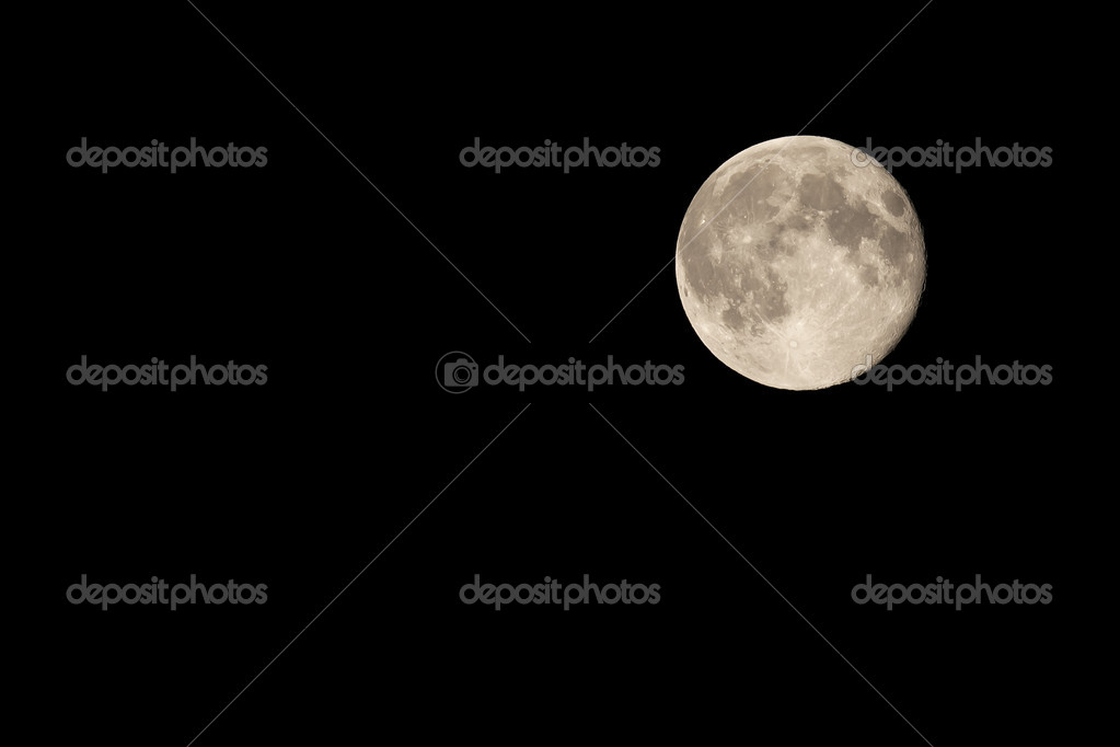 Full Moon on Night Sky Waning by One Day London August 2011