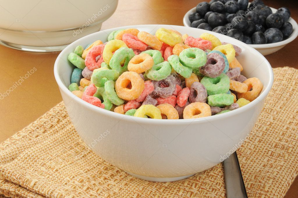 Taz n de cereal fr o con sabor a frutas fotos de stock for Tazon cereales