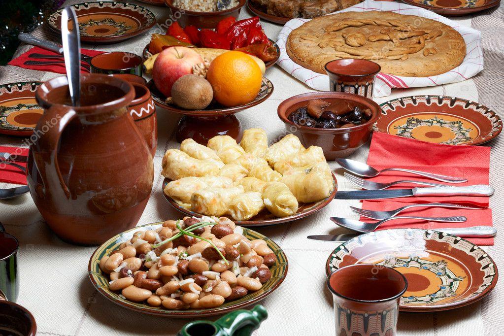 traditionelle bulgarische weihnachten essen stockfoto mazzachi 9149423. Black Bedroom Furniture Sets. Home Design Ideas