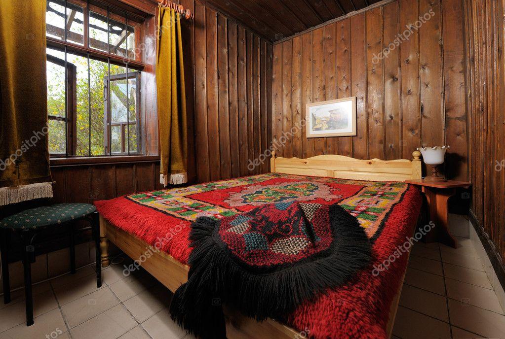 Camere Da Letto Tradizionali : Interno camera da letto tradizionale u foto stock mazzachi