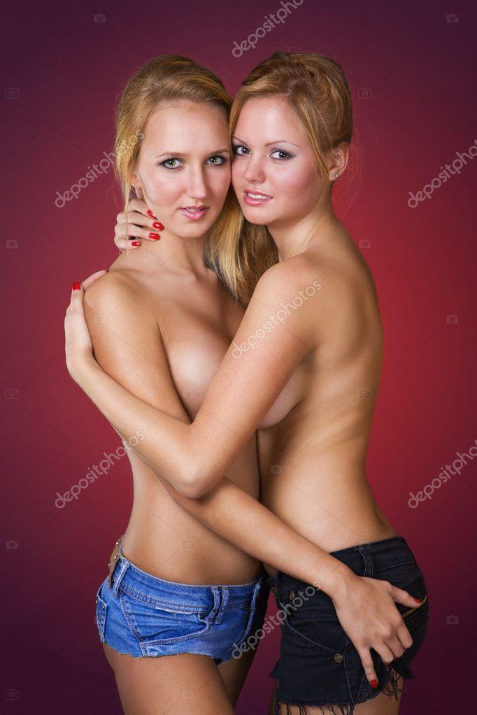 Naakte jonge blonde meisjes
