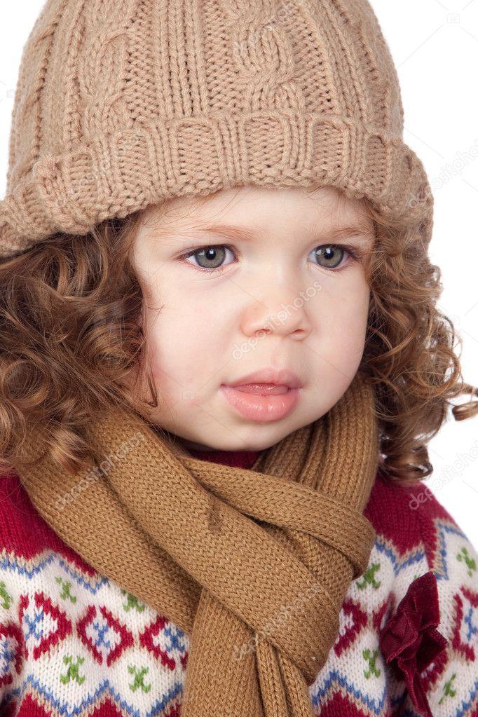 555607ec5e60 Belle petite fille avec Bonnet de laine– images de stock libres de droits