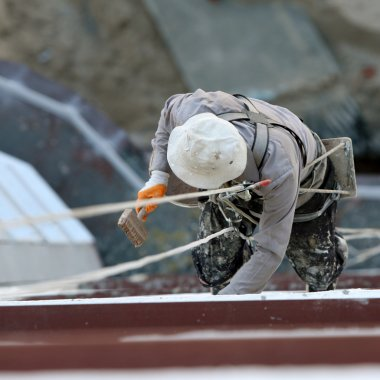 Industrial mountaineering worker (painter)