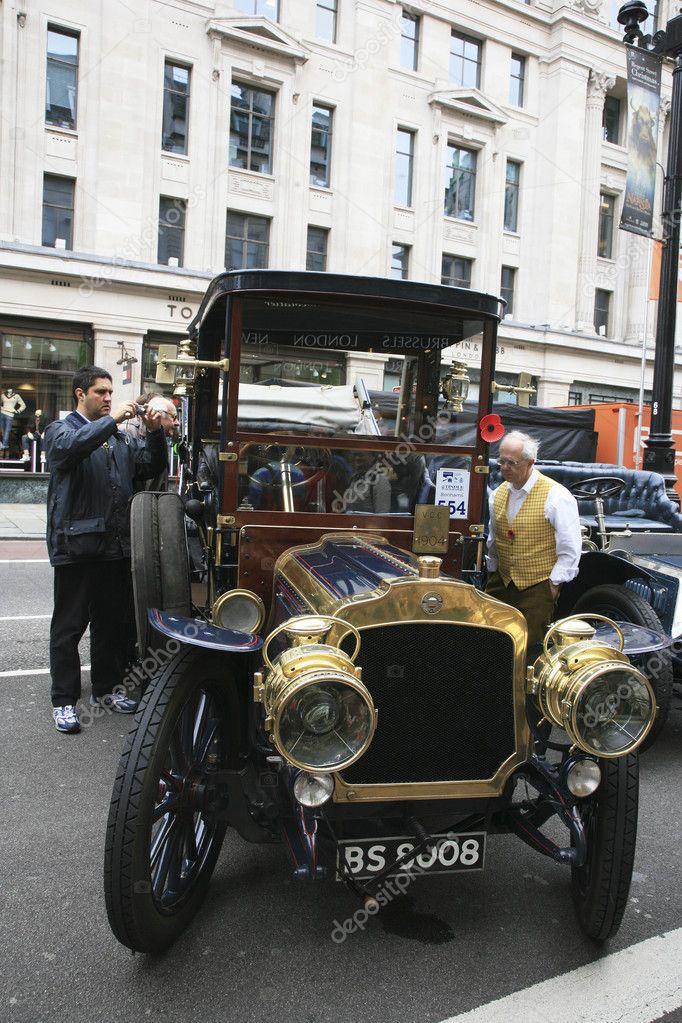 London to Brighton Veteran Car Run – Stock Editorial Photo © anizza ...