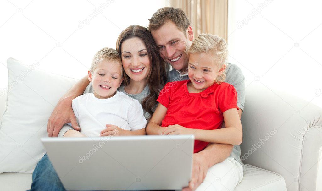 скачать игру на компьютер бесплатно семья - фото 5