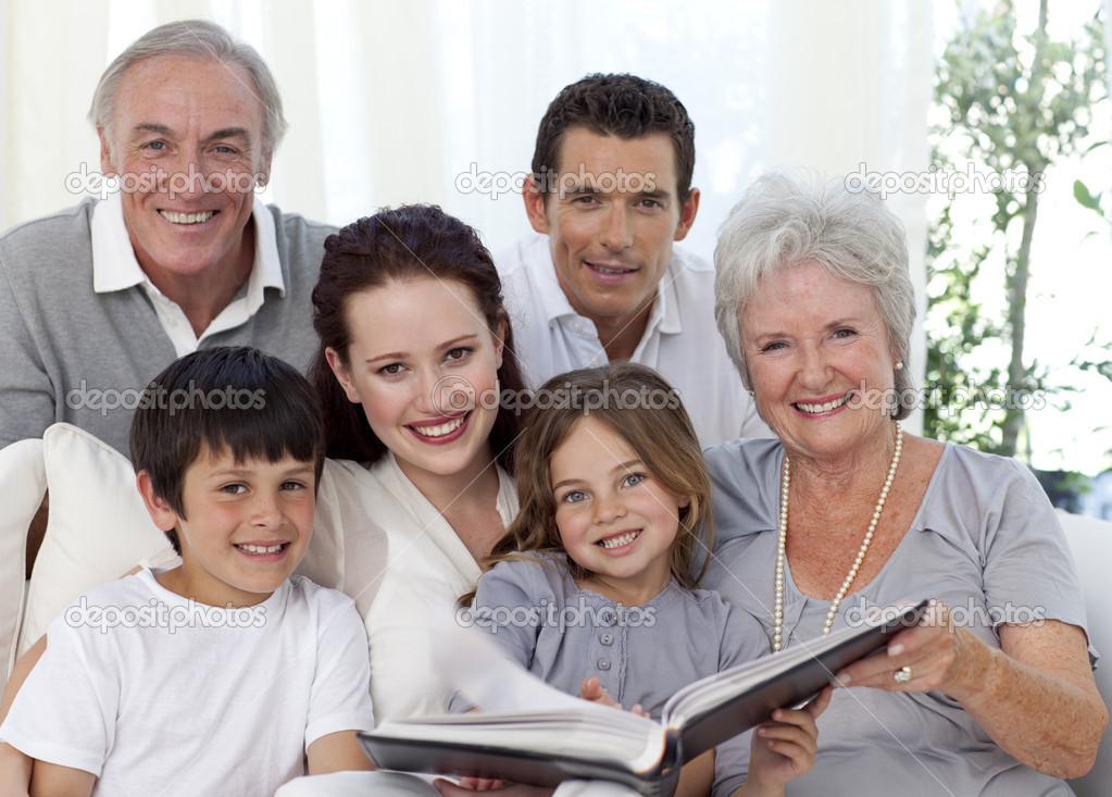 ristwatch family photo album - HD1923×1378