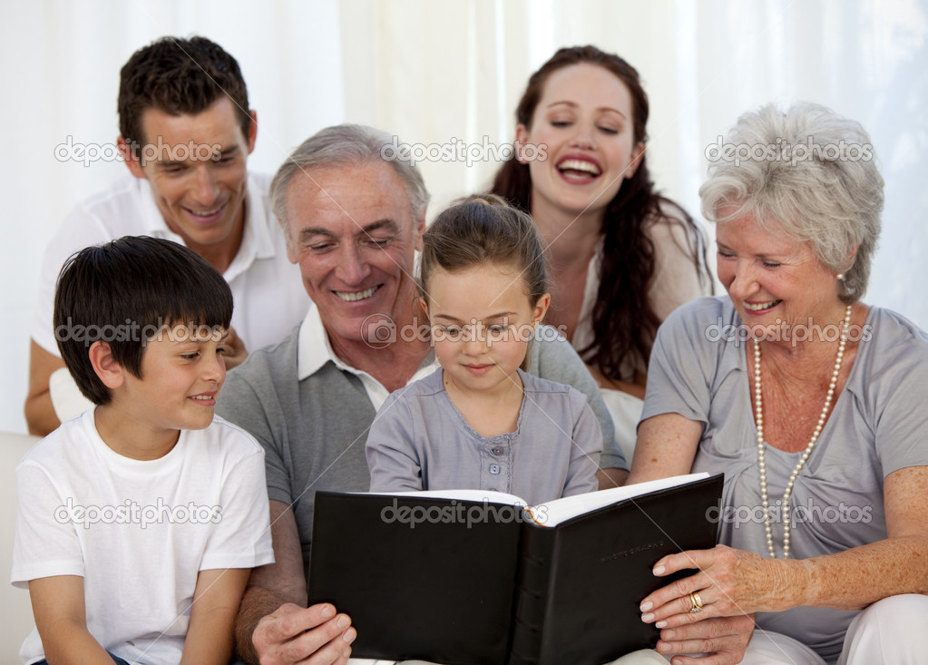ristwatch family photo album - 1024×734